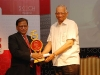 receiving-skoch-2010-ict-person-of-the-year-award-from-mr-n-c-saxena